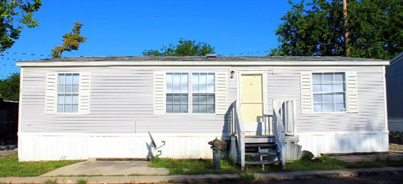 Cozy Cove Mobile Home Park in San Antonio, TX