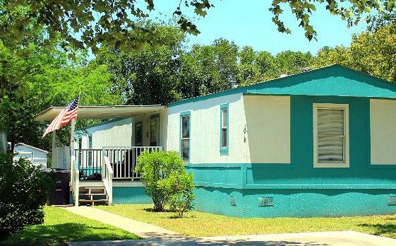 Live Oaks - Mobile Home
